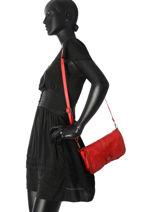 Shoulder Bag Dewashed Leather Milano Red dewashed DE17111-vue-porte