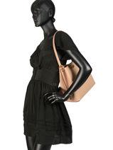 Leather Charlie Bucket Bag  Coach Beige charlie 55200-vue-porte