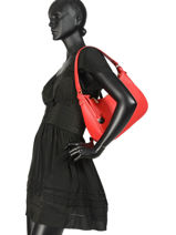 Caviar Leather Hobo Bag Crinkles Red 80667-vue-porte