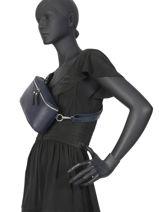 Leather Belt Bag Caviar Milano Blue CA19081-vue-porte