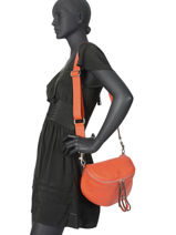Leather Shoulder Bag Caviar Milano Orange CA19115-vue-porte