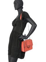 Medium Leather Crossbody Bag Velvet Milano Orange velvet VR180602-vue-porte