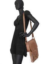 Leather Crossbody Bag Fringes Basilic pepper Brown fringues BFRI03-vue-porte