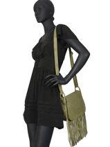 Leather Crossbody Bag Fringes Basilic pepper Green fringues BFRI03-vue-porte