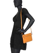 Satchel Vintage Leather Nat et nin Orange vintage VICKY-vue-porte