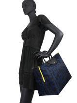 Longchamp Le pliage lgp Travel bag Black-vue-porte