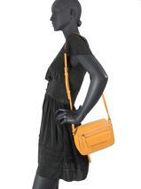 Shoulder Bag Soft Vintage Leather Lancaster Yellow soft vintage 92-vue-porte