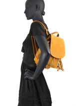 Suede Leather Festival Backpack Burkely Yellow festival bag 25-vue-porte