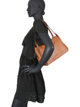 Leather Caviar Shoulder Bag Milano Brown CA20077N-vue-porte