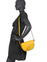 Leather Caviar Crossbody Bag Milano Yellow CA20063N-vue-porte