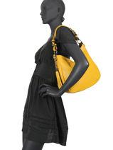 Leather Caviar Shoulder Bag Milano Yellow CA20076N-vue-porte