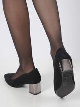 Low heel pumps in leather-TAMARIS-vue-porte