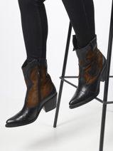Boots-MJUS-vue-porte