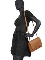 Leather Alba Shoulder Bag Nathan baume Brown nathan 35-vue-porte