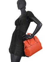 Top Handle Clara Leather Nathan baume Orange nathan 2-vue-porte