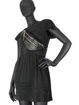 Manhattan Belt Bag Guess Black mannathan VS699480-vue-porte