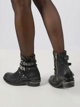 Boots cuir-AS98-vue-porte