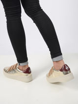 Sneakers-VANESSA WU-vue-porte
