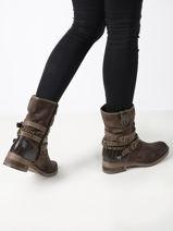 Boots-MUSTANG-vue-porte