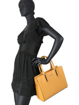 Saffiano Top-handle Bag Miniprix Yellow saffiano F9519-vue-porte