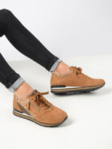 Sneakers-GABOR-vue-porte