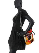 Medium Elsa Pop Bucket Bag Shearling Lancel elsa A11006-vue-porte