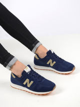 Baskets-NEW BALANCE-vue-porte