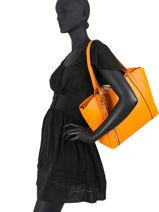 Sac Shopping Naya Guess Orange naya VG788123-vue-porte