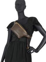 Leather Belt Bag Caviar Crinkles 86023-vue-porte
