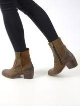 Boots-E-COW-vue-porte