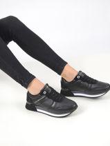 Signature platform sneakers in leather-TOMMY HILFIGER-vue-porte