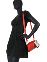 Sac Bandouliere Kirby Guess Rouge kirby VG787269-vue-porte