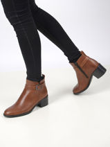 Leather low heel ankle boots in leather-TAMARIS-vue-porte