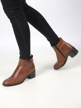 Leather low heel ankle boots-TAMARIS-vue-porte