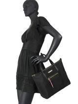 Th Nylon Shoulder Bag Tommy hilfiger Black th nylon AW08523-vue-porte