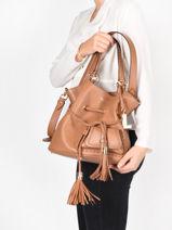 Medium Bucket Bag Premier Flirt Lancel Brown premier flirt A10110-vue-porte