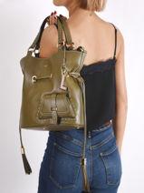 Medium Bucket Bag Premier Flirt Lancel premier flirt A10110-vue-porte