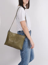 Leather Cow Crossbody Bag Basilic pepper Green cow BCOW38-vue-porte