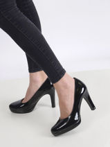 Pumps with glossy finish-TAMARIS-vue-porte