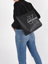 Sac Cabas A4 Denim Cuir Calvin klein jeans Noir denim K607647-vue-porte