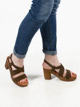 Sandales terra-UNISA-vue-porte