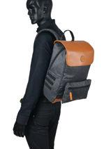 Backpack Cabaia Black tour du monde M-vue-porte