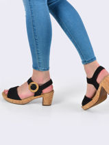 Sandales-GABOR-vue-porte