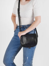 Crossbody Bag Vintage Leather Paul marius Black vintage BOHEMIEN-vue-porte