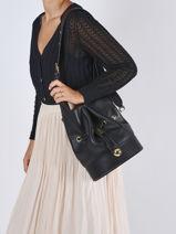 Medium Leather Chéri Bucket Bag Lancel Black cheri A11719-vue-porte