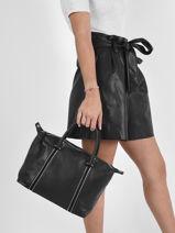 Top Handle Soft Vintage Nova Leather Lancaster Black soft vintage nova 98-vue-porte