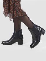 Leather ankle boots-TAMARIS-vue-porte