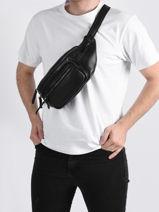 Leather Foulonné Belt Bag Etrier Black foulonne EFOU720M-vue-porte